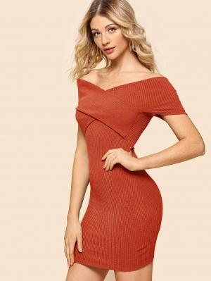 Платье  Ржаво-коричневый цвета