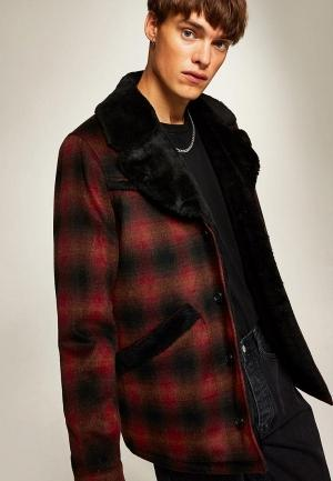 Пальто  красный цвета