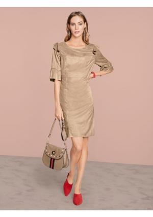 Платье  бежевый цвета