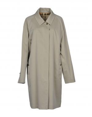 2f39d9ae29d0 Женская верхняя одежда Burberry купить онлайн в интернет магазине ...