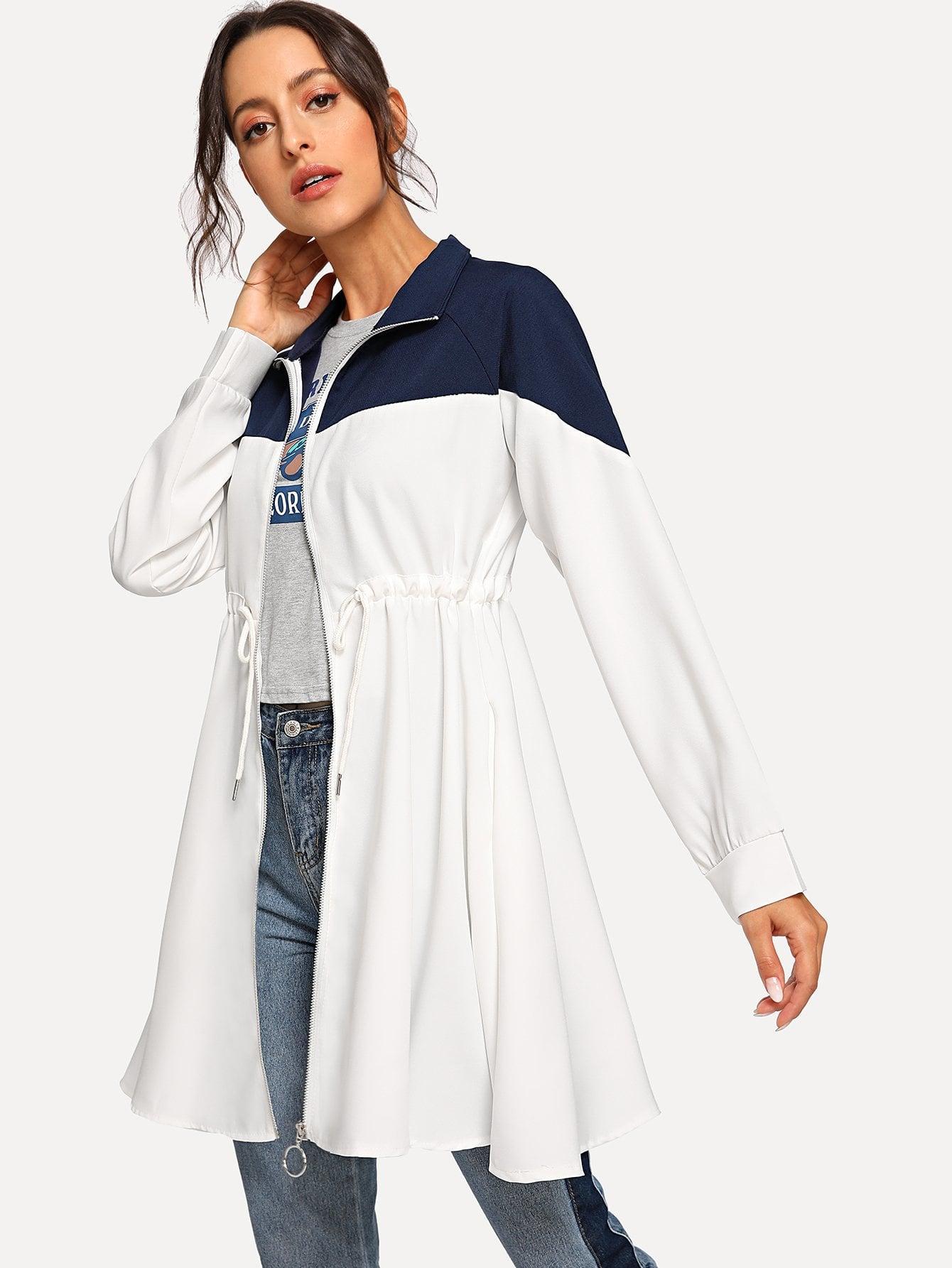 Пальто  Белый цвета