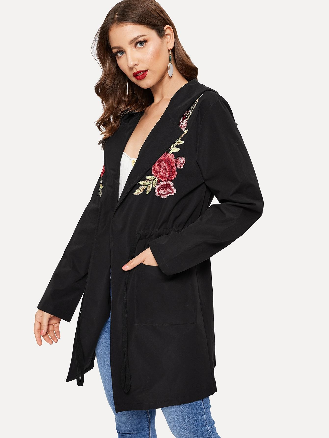 Пальто  Черный цвета