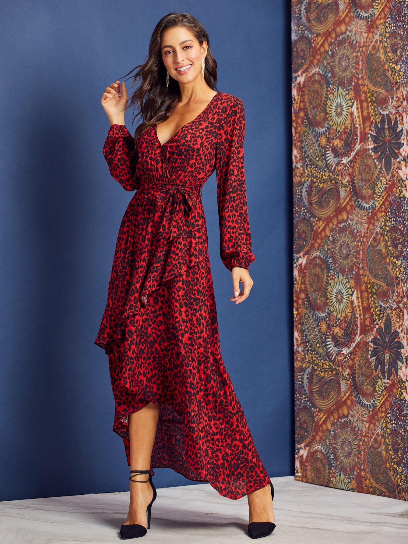 Платье  - многоцветный цвет