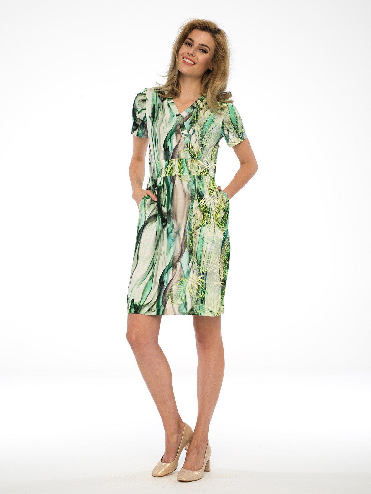 Платье  - зелёный цвет