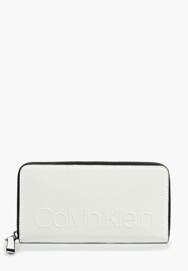 7b305cf44ed2 Белые женские кошельки Calvin Klein Jeans купить в интернет магазине ...