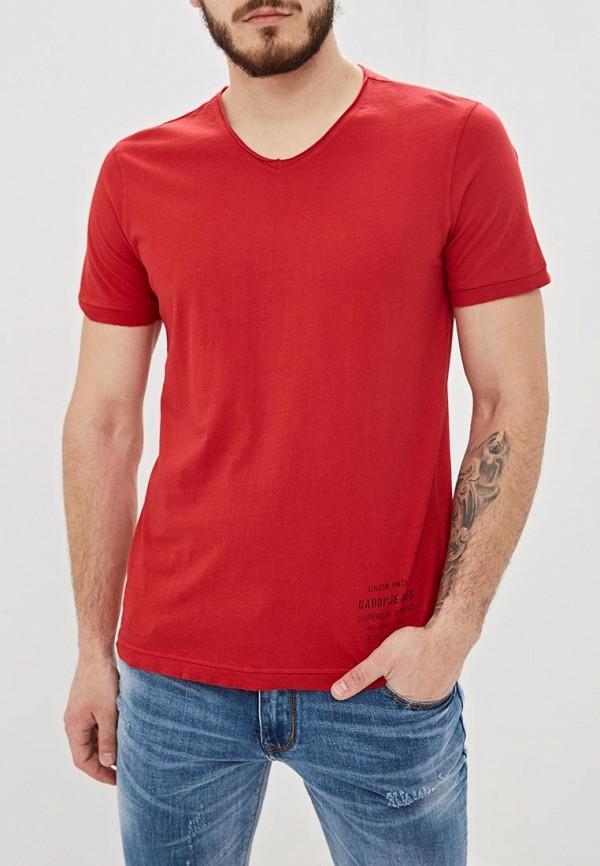 Носки  - красный цвет