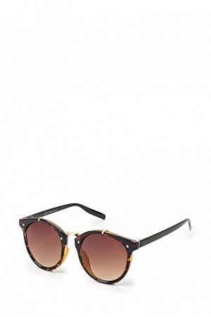 Солнцезащитные очки  - коричневый цвет