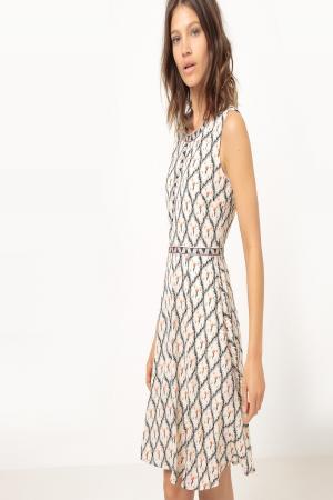 Платье  рисунок/экрю цвета