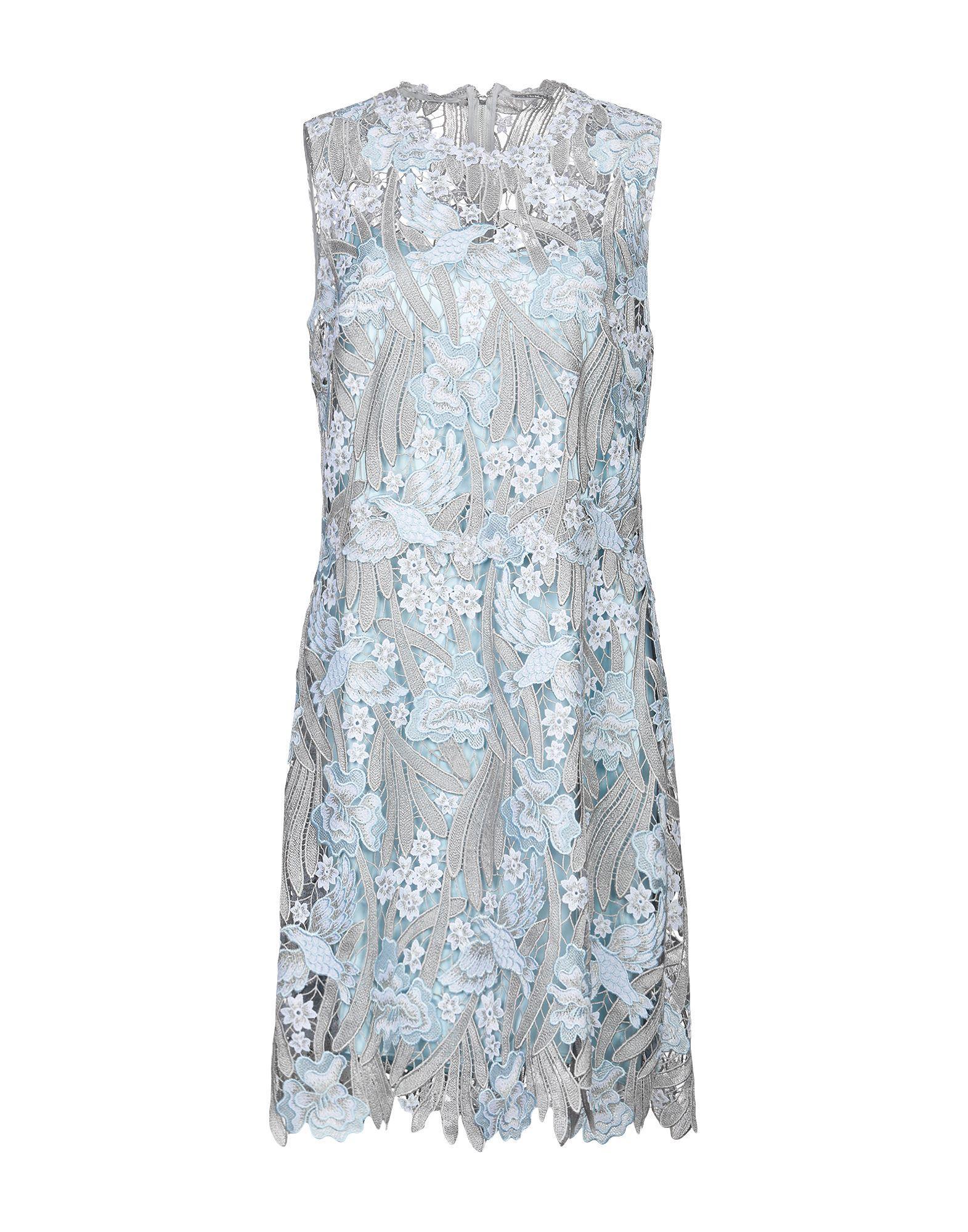 Платье до колена  - Голубой цвет