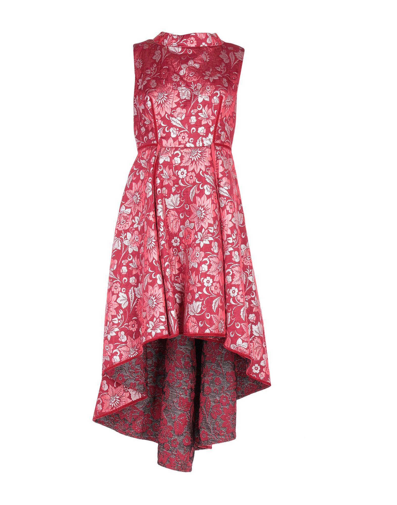 Платье CLIPS MORE