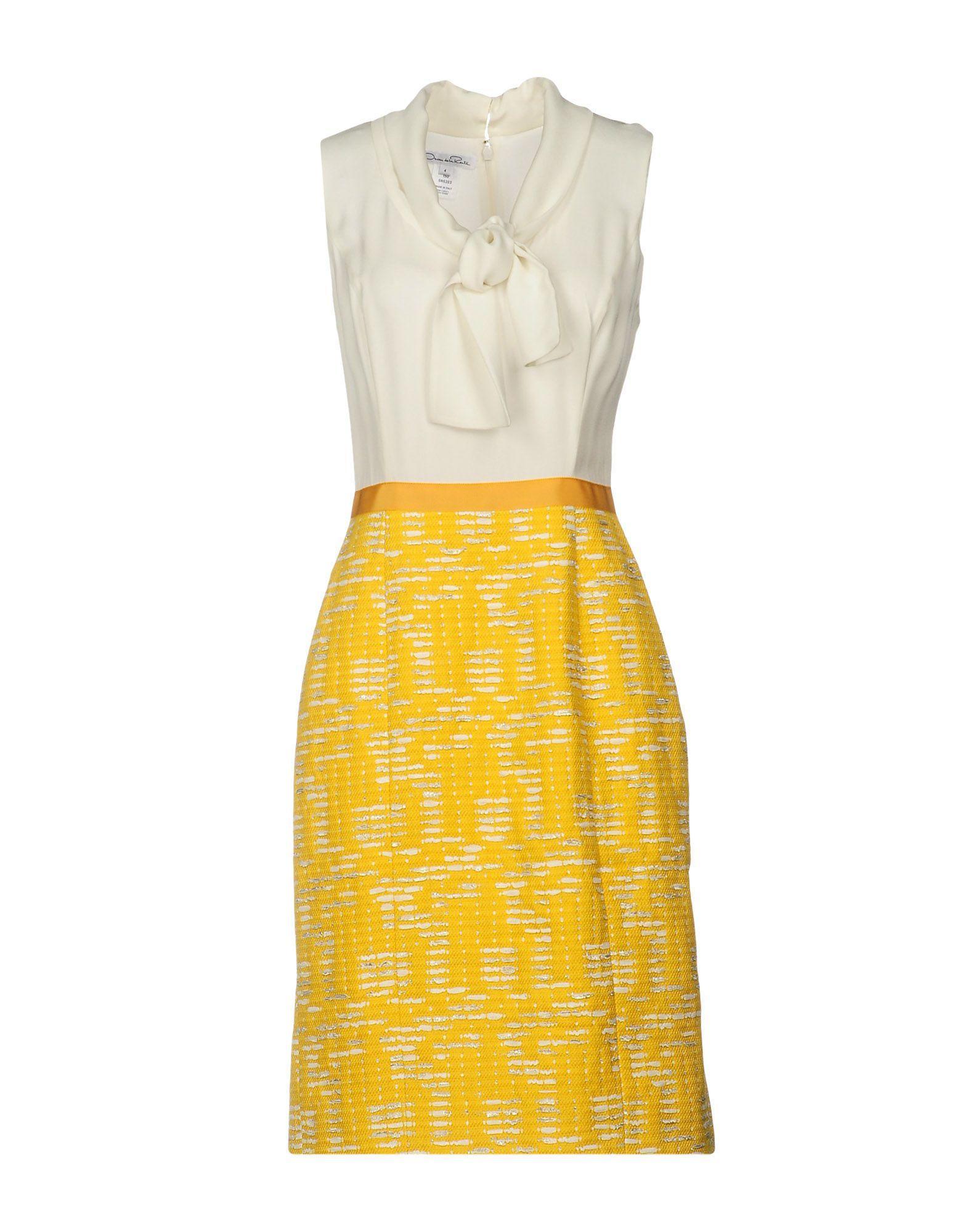 Платье до колена  - Белый цвет